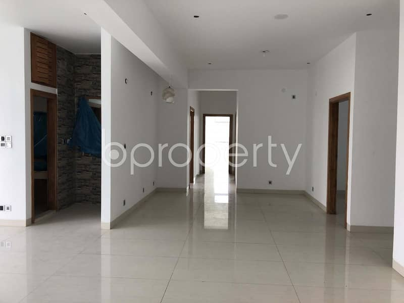 At Gulshan, flat for Sale close to EBL