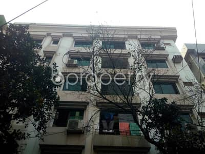 4 Bedroom Apartment for Rent in Banani DOHS, Dhaka - In The Location Of Banani DOHS An Apartment Is For Rent Near Banani DOHS Jame Mosjid.