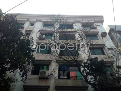 4 Bedroom Flat for Rent in Banani DOHS, Dhaka - This Ready Apartment At Banani DOHS, Near Banani DOHS Jame Mosjid Is Up For Rent.