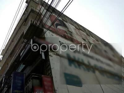 ভাড়ার জন্য এর ফ্লোর - মগবাজার, ঢাকা - A rightly planned 1800 SQ FT commercial space is found for rent in Boro Maghbazar, near National Bank Public School & College