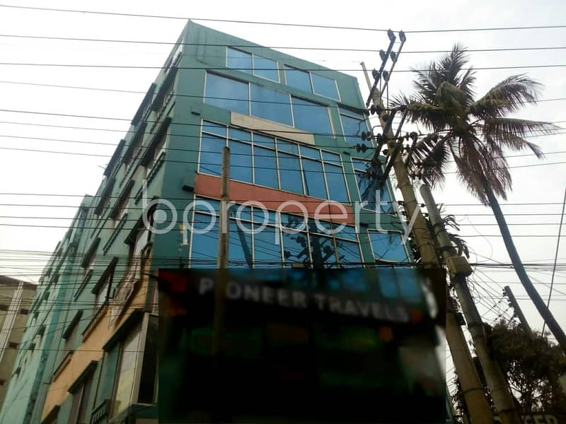 At CDA Avenue, a 900 SQ FT well fitted commercial open floor is on sale near to Sanmar Shopping Mall