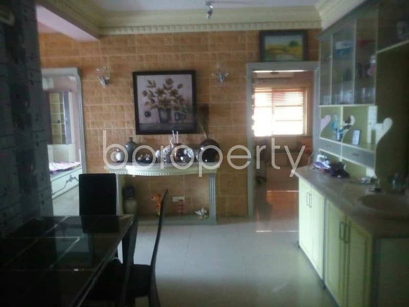 A 1700 SQ FT full furnished flat close to Chatogram Metro School at Nasirabad is up for its new tenant.