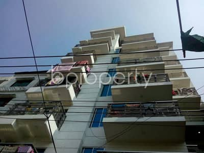 3 Bedroom Flat for Rent in Double Mooring, Chattogram - A rental 1200 SQ FT residential flat is here, reside to Double Mooring close to Midpoint Hospital