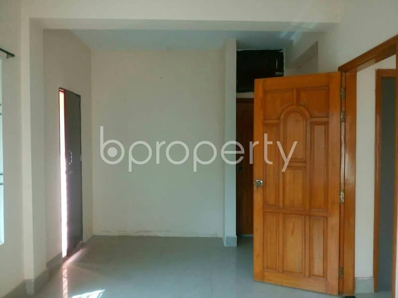 A nice and medium sized 2700 SQ FT residential duplex is available for rent at South Khulsi near to Holy Crescent Hospital