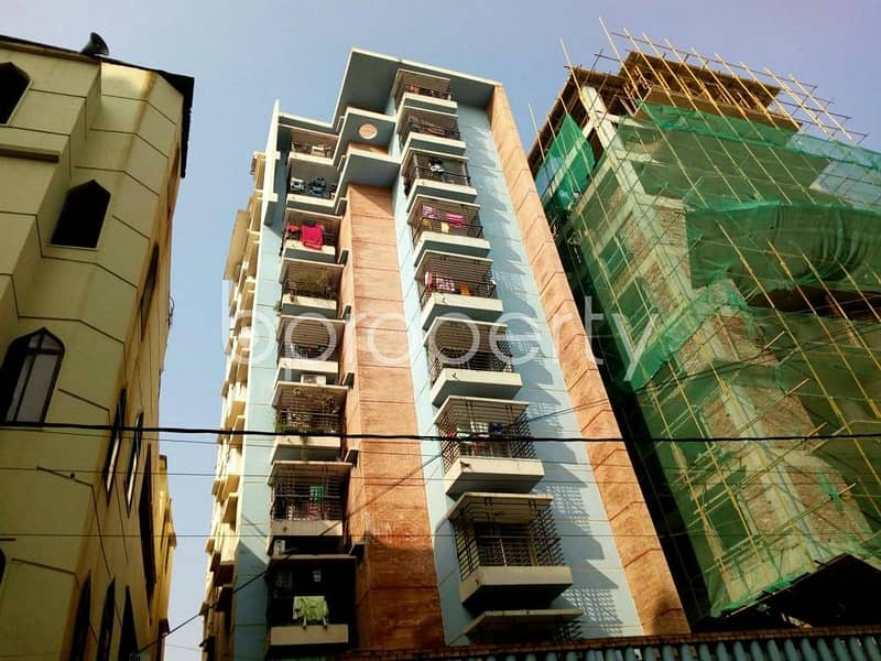 A ready, well decorated 1200 SQ FT flat is up for renting purpose in Jamal Khan near to Dr. Khastagir Government Girls' High School
