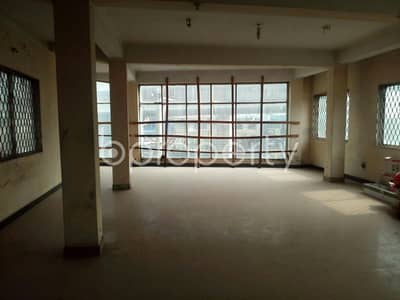 A finely developed commercial space of 750 SQ FT is ready to be sold in CDA Avenue, near N. Mohammad Convention Center