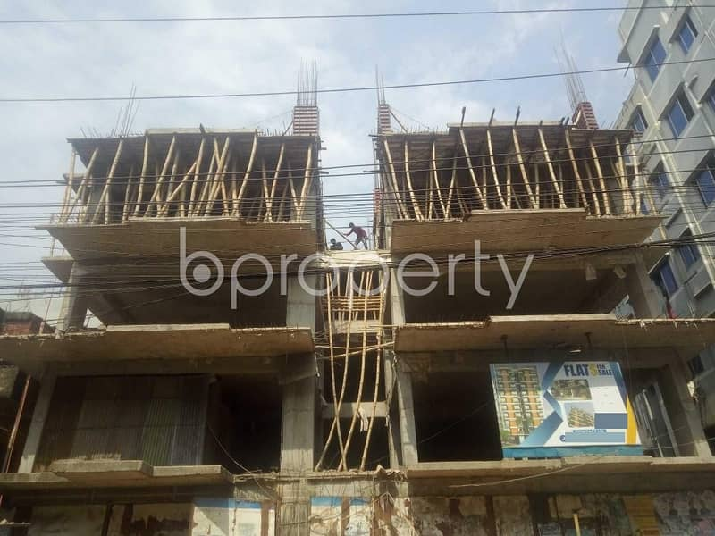 In The Location Of Kotwali, An Apartment Is For Sale Near Kalabagan Math Patharghata Girls' High School
