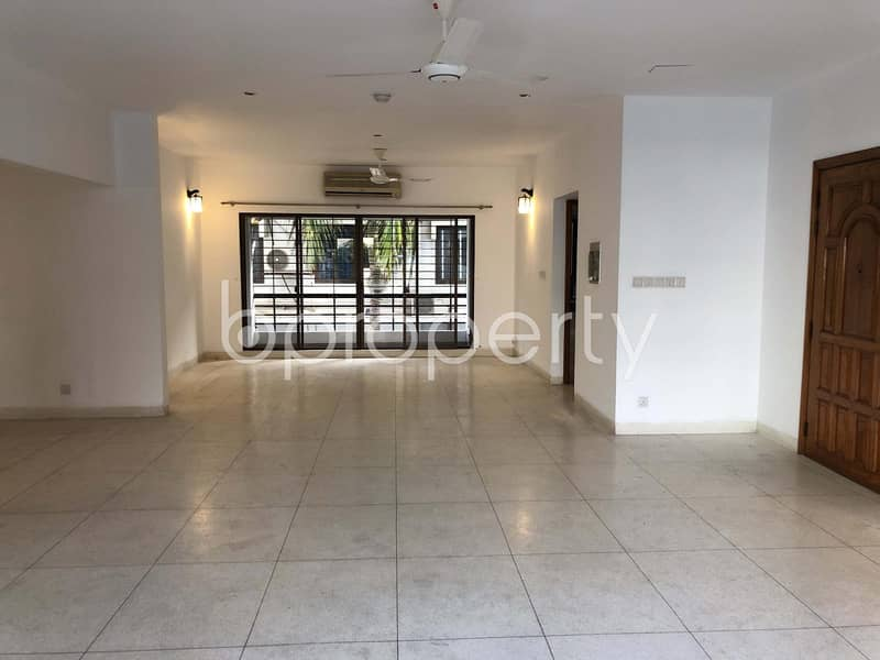 Beautiful And Well-constructed Flat Is Ready For Sale At Gulshan 2, Nearby American Standard International School