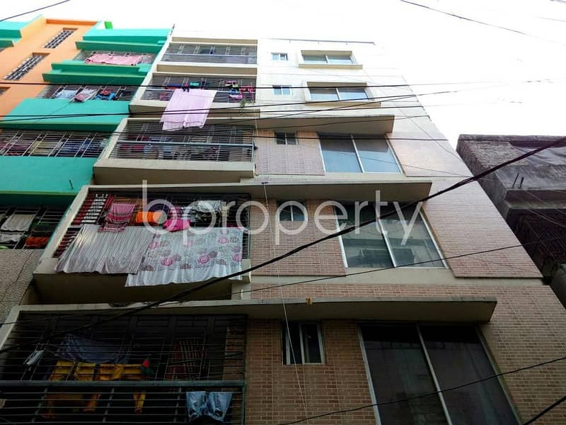 Ready flat of 700 SQ FT is now for sale in Mohammadpur nearby Greenland Residential School