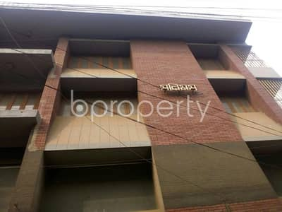 Floor for Rent in East Nasirabad, Chattogram - This 1300 SQ FT commercial office for rent is available in CDA Avenue, near Nasirabad Government High School Jame Mosque