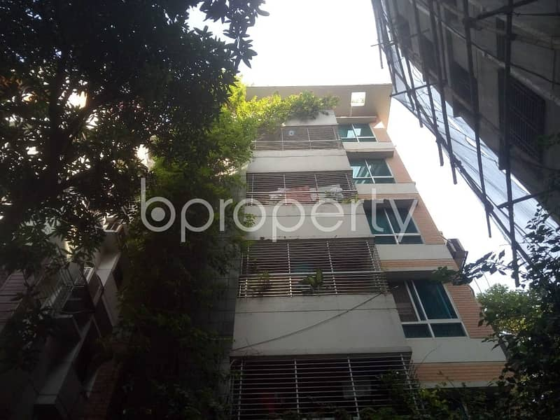Apartment for Rent in Baridhara DOHS nearby Baridhara DOHS Jame Masjid