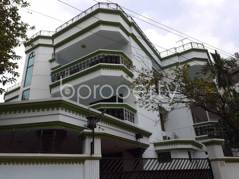 A Nicely Planned Flat Is Up For Rent In Gulshan 2, Nearby Gulshan Society Jame Masjid