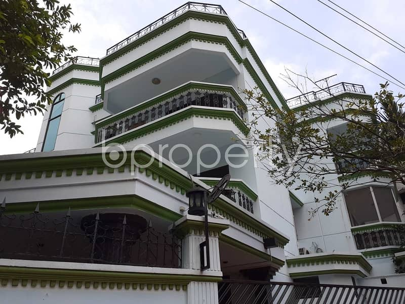 Startling Flat For Rent In Gulshan 2, Nearby Gulshan Society Jame Masjid