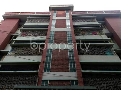 A well spacious flat of 1200 SQ FT is offered for rent located at Taltola near Exim Bank Hospital