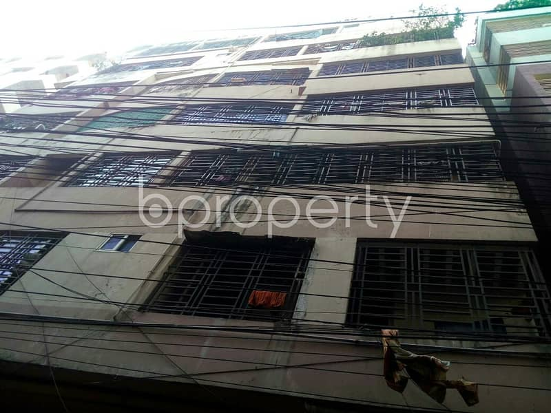 Get Comfortable In A Flat For Sale In Dampara Road Nearby Dampara Masjid