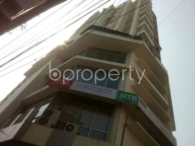 Take This Residential Flat Vacant For Sale At Muradpur Area Nearby Al-arafah Islami Bank Limited.