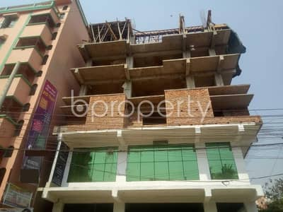 In The Location Of Firingee Bazaar, Close To Bridge Ghat Baitur Riduan Jame Masjid, A Flat Is Up For Sale