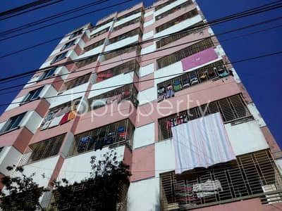 Take a look to an impressive flat of 950 SQ FT for rent located at Thakur Paravery close to S. R. Academy