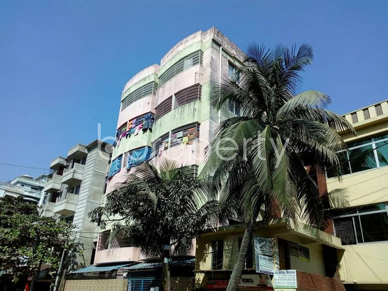 Comfortable, convenient and well constructed 1150 SQ FT flat for sale in 4 No Chandgaon Ward, near Sona Masjid