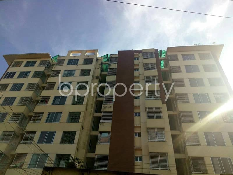 Take a look at an affordable and vacant residential flat of 1370 SQ FT located at Bakalia nearby National Hospital