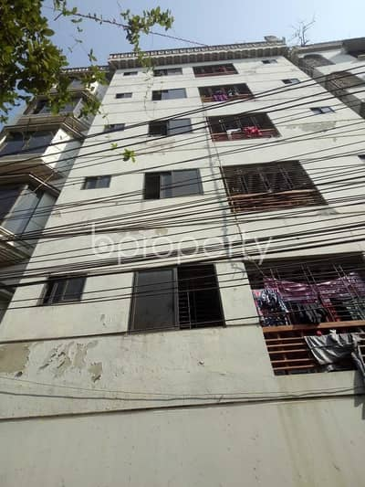 Near Badda Thana, flat for rent in Badda