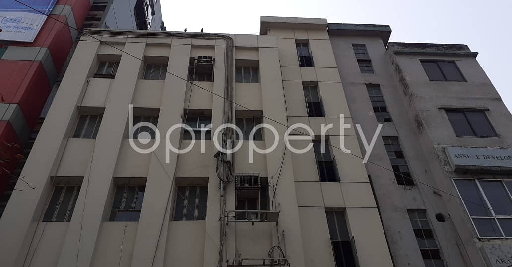 An Office Space Of 1000 SQFT Is Vacant For Rent In Hatirpool Near To Padma General Hospital Ltd.