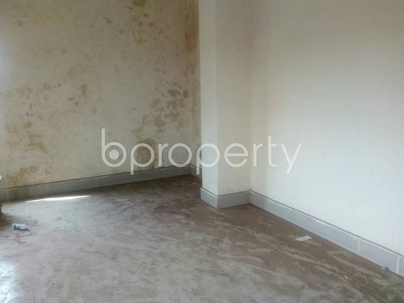 For renting purposes, a commercial space is available in Jatra Bari, 3000 SQ FT, near Jatrabari Ideal High School & College