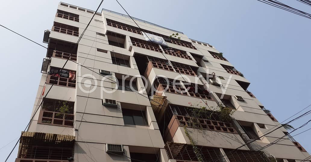 See This Apartment For Rent Located In Lalmatia Near To Lalmatia Housing Society School and College.