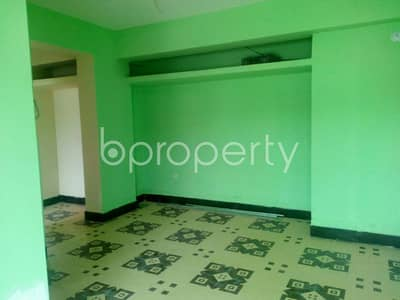 3 Bedroom Apartment for Rent in Kazir Dewri, Chattogram - An easy accessible 1200 SQ FT ready flat suitable for family close to Noor Market at Kazir Dewri is up for rent.