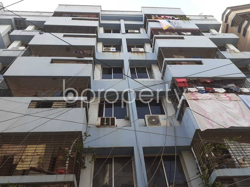 At West Dhanmondi Nice Flat Up For Sale Near Jafrabad Adarsa Government Primary School