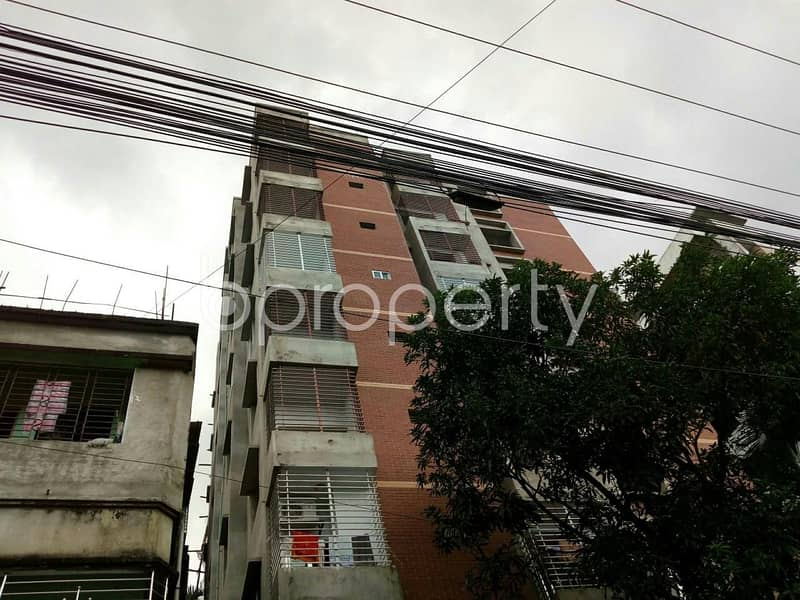 A selling 1600 SQ FT residential flat is here, reside to South Khulsi close to Holy Crescent Hospital