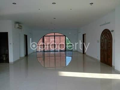 ভাড়ার জন্য এর অফিস - গুলশান, ঢাকা - A worthy 3000 SQ FT space for commercial is ready for rent at Gulshan area close to Lavender