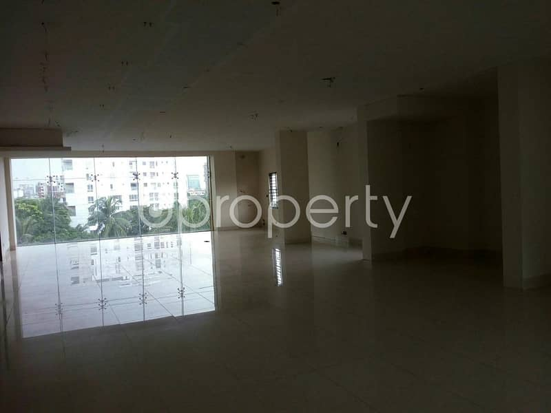 Choose your destination, 1200 SQ FT commercial space which is available for rent in Gulshan near to Gulshan Youth Club