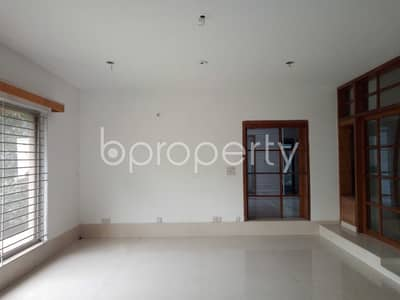 A Nice Flat That You Have Been Looking For, This Flat For Rent Is Located Banani Near Banani Police Station