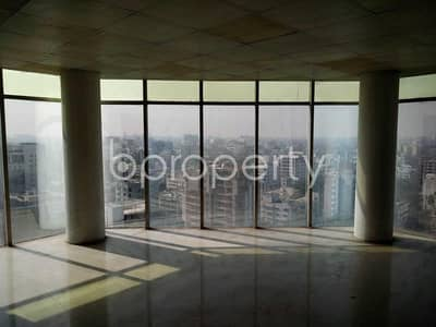 Office for Rent in Gulshan, Dhaka - A office space is for rent which is located on Gulshan, nearby Hatey Khari High School & College.