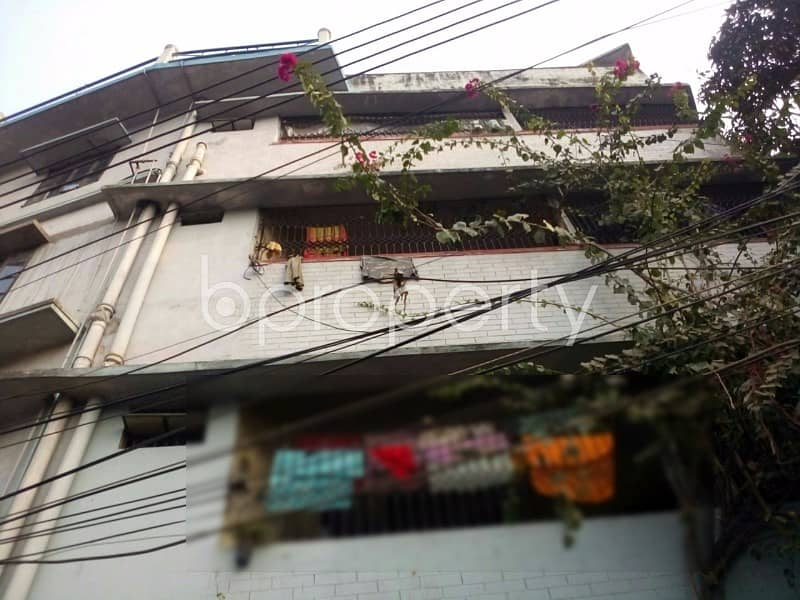 1000 SQ FT residential flat is ready for rent at South Khulsi area.
