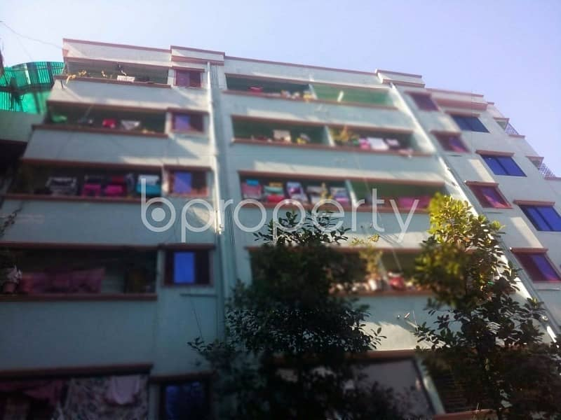 At Nasirabad area, 900 SQ FT residential flat is vacant for rent