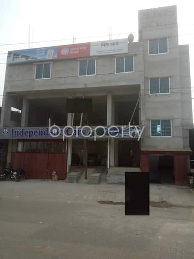 Office for Rent in Badda, Dhaka - See This Office Space Of 2200 Sq. Ft Is For Rent Located In Natun Bazar Near Baitul Mamur Jame Masjid.