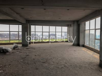 Floor for Rent in Rampura, Dhaka - With A Sq Ft Of 6,000, This Stupendous Office For Rent Is Marked In West Rampura Near The Renowned Salma Pharmacy