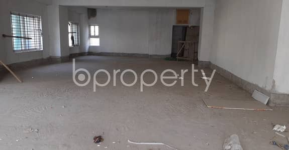 Floor for Sale in Jamal Khan, Chattogram - A Commercial Space Is Available For Sale In Momin Road Nearby Baitul Falah Jame Mosque.