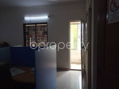 Office for Rent in Gulshan, Dhaka - See This 1100 Sq Ft Vacant Commercial Space Up For Rent In Gulshan 1 Near Asia Pacific Immigration Services