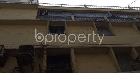Shop for Rent in Motijheel, Dhaka - Acquire This 180 Sq Ft Shop Which Is Up For Rent In Motijheel Commercial Area Near State Bank Of India