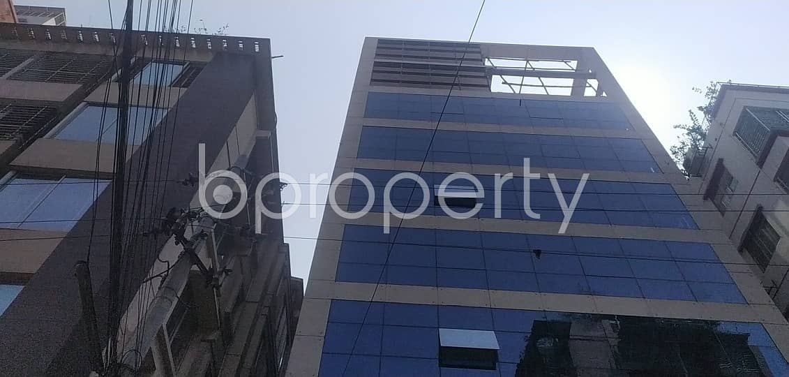 Deal With Your Business in 3500 Sq Ft Duplex Office with a Convenient To Rent in Baridhara Area Near To Baridhara Jame Masjid