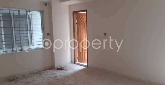 3 Bedroom Apartment for Sale in Hazaribag, Dhaka - This 1250 Sq Ft Flat Is Now Vacant To Sale In Hazaribag Close To Masjid-e- Baitun Nur