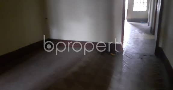 2 Bedroom Apartment for Rent in 22 No. Enayet Bazaar Ward, Chattogram - Offering you 1200 SQ FT flat to Rent in Enayet Bazaar near to City Bank ATM