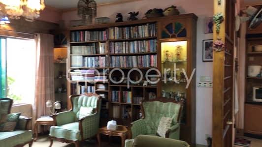 Comfortable Apartment for sale in Lalmatia, near Lalmatia Mohila College