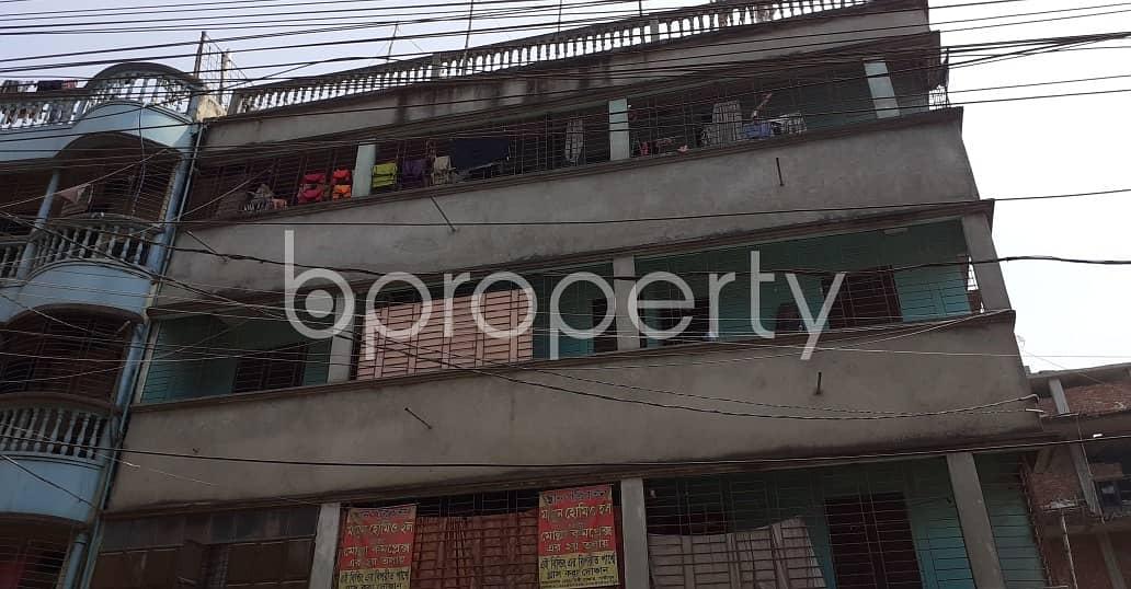 Nice Flat Of 700 Sq. Ft. Can Be Found In Tongi Bazar To Rent, Near Anarkoli Cinema Hall