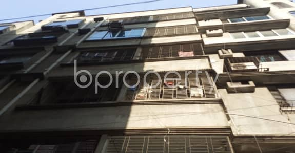 3 Bedroom Apartment for Rent in Shyamoli, Dhaka - Lovely Apartment Covering An Area Of 1650 Sq Ft Is Up For Rent In Shyamoli Near Adabar Police Station