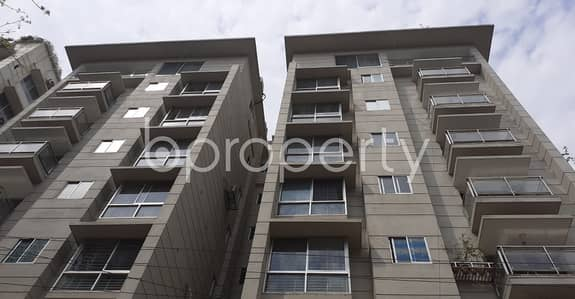 3 Bedroom Apartment for Sale in Bashundhara R-A, Dhaka - We Have A 2000 Sq. Ft Flat For Sale In Bashundhara R-A Nearby Sunflower School And College .