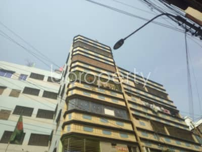 3 Bedroom Flat for Rent in Sutrapur, Dhaka - An Apartment Is For Rent At Sutrapur, Near Tipu Sultan Road Jame Masjid